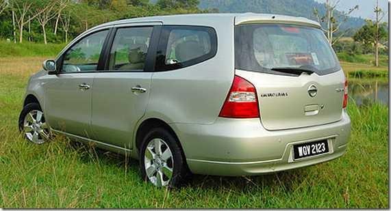 Nissan Grand Livina 05