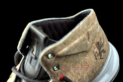 lebron10 nsw cork 49 web black The Showcase: NIKE LEBRON X Cork World Champions Shoes