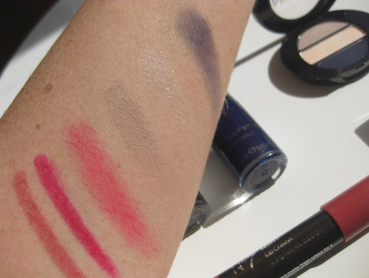 no7-matte-lip-crayon-swatches-blush-stick-swatches