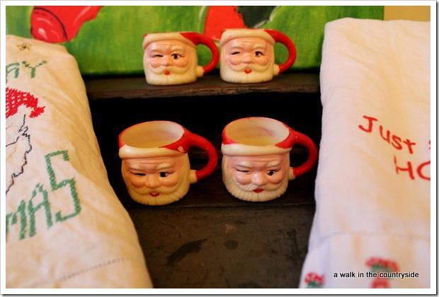 vintage Santa demi mugs