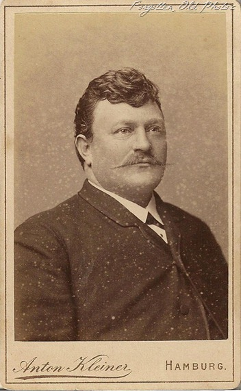 CdV Captain DL Antiques