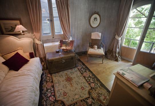 mmles_rosees_livingroom_480