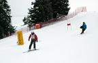 Sr.Renate beim Riesentorlauf.jpg