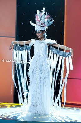 miss-uni-2011-costumes-81