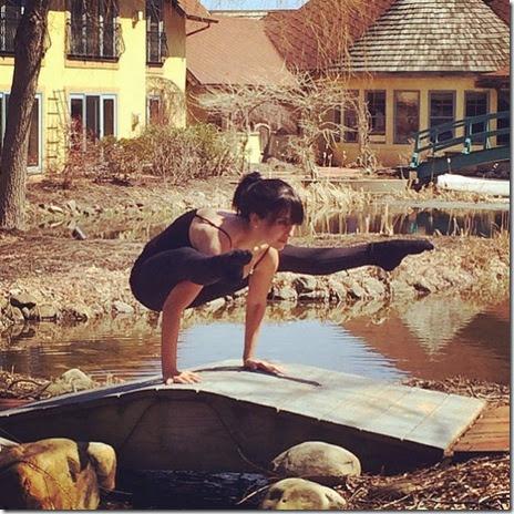 celebrity-yoga-kitchen-025