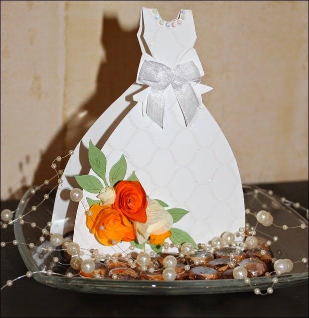 Hochzeit Geschenk Geldgeschenk Selbstgebastelt Hochzeitskleit Brautkleid 04
