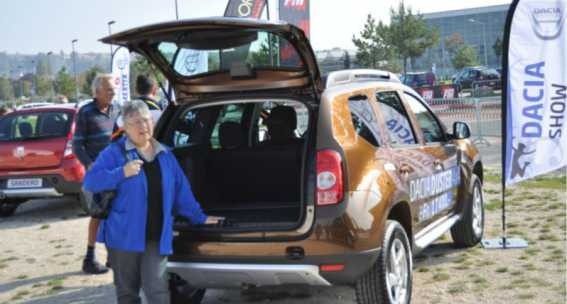 [Dacia-Raclette-Zwitserland-111.jpg]