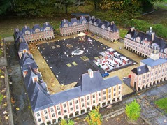2013.10.25-099 place ducale de Charleville-Mézières