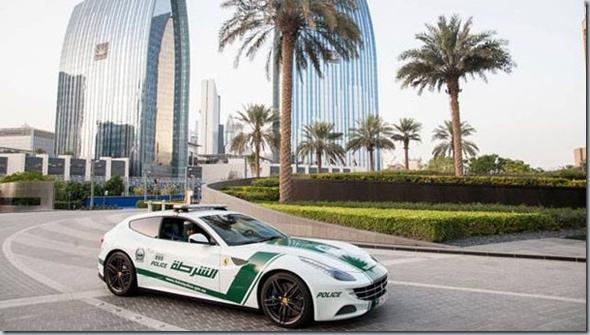 Polisi Dubai Dibekali Sejumlah Mobil Mewah 4   foto   Tempo.co