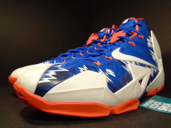Detailed Look at LeBron 11 8220Florida Gators8221 Home amp Away PEs