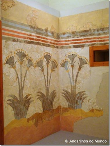Paineis pintados nas ruínas de Akrotiri e expostos no Museu Arqueológico de Santorini