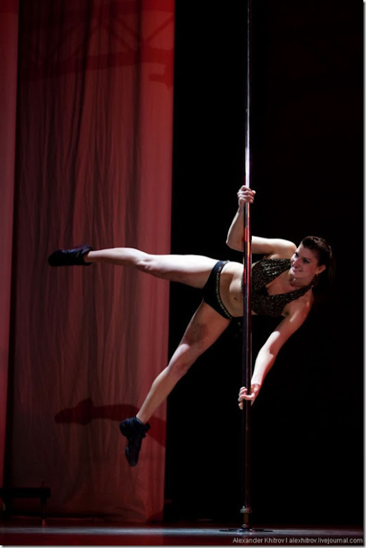 russian-pole-dancing-competition-8