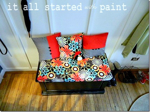 entry_bench_black_with_bold_michael_miller_fabric_final