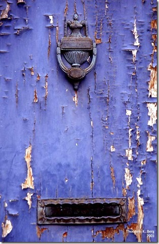 Violet-490-old-door