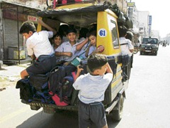 school-kids-stuffed-auto-rickshaw