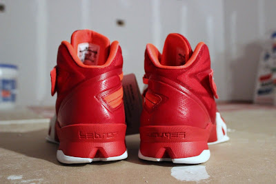 nike zoom soldier 8 ss red white 1 05 Detailed Look at Nike Zoom LeBron Soldier 8 Sample
