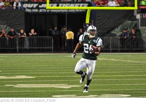 'Football: Jets-v-Eagles, Sep 2009 - 45' photo (c) 2009, Ed Yourdon - license: http://creativecommons.org/licenses/by-sa/2.0/