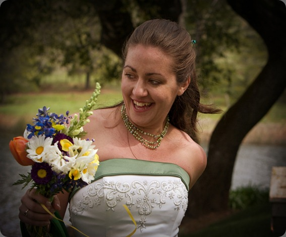 emily green snapdragonem_with_bouquet