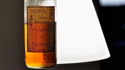 wino-truskawkowe