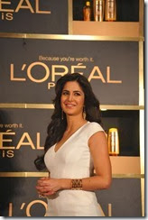 Katrina Kaif launches L'Oréal Paris '6 Oil Nourish'
