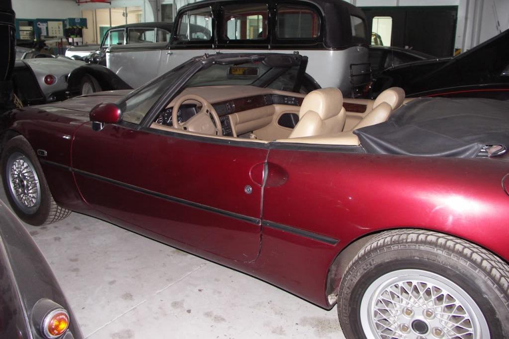 Jaguar-F-Type-XJ42-2%25255B4%25255D.jpg
