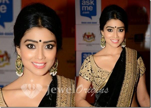 Shriya_Gold_Earrings