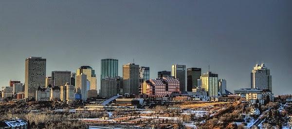 Downtown-Skyline-Edmonton-Alberta-Canada-02-2