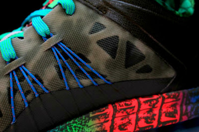 nike lebron 10 low gr black turquoise blue 2 05 Additional Look at Nike LeBron X Low Tarp Green