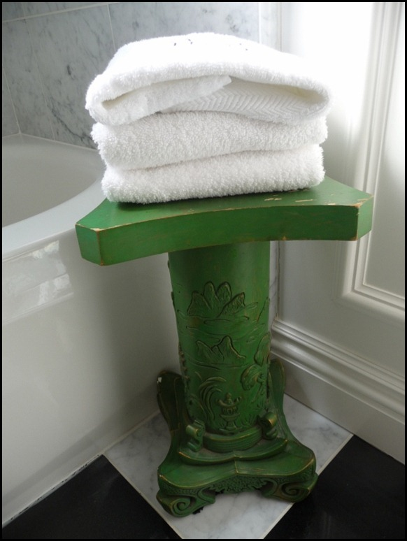 bathroom pedestal 020 (600x800)