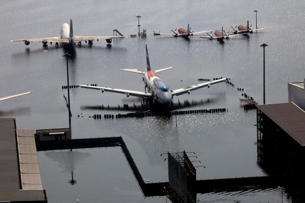 Planes at Bangkok's flooded Don Mueang airport, November 2011. Paula Bronstein / Getty Images