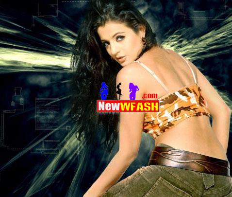 For More Amisha Patel Hot
