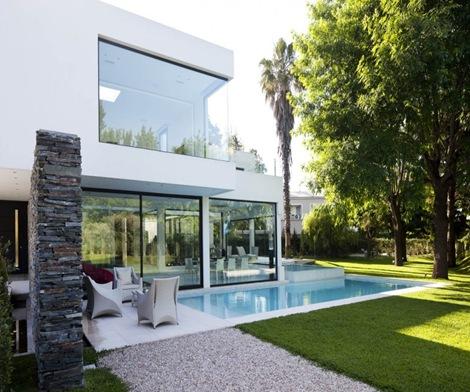 Arquitectura minimalista andres remy arquitexs for Fotos fachadas casas modernas minimalistas