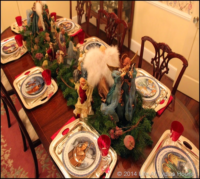 table with Bethlehem Christmas dinnerware
