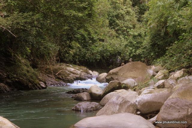 Ranong: Ngao waterfall / Ранонг: Видопад Нгао
