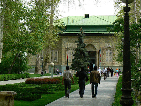 Things to see in Teheran: Green Palace