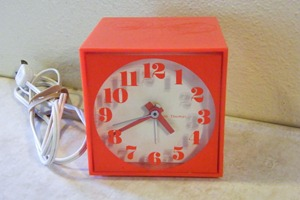 Seth Thomas Mini-Light alarm clock, orange