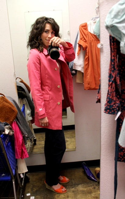 [IMG_1009%255B5%255D.jpg&description=Wardrobe Wednesday: The 30 Minute Goodwill Challenge (Round 2)')]