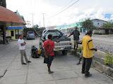 Trikora - packing the vehicle (Ricky Munday, Nov 28, 2010)