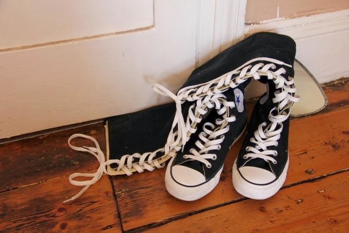 Converse Black Style