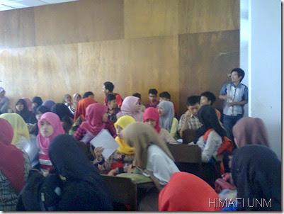 Rapat angkatan mahasiswa 2013 fisika fmipa unm