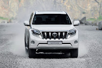 2014-Toyota-Land-Cruiser-Prado-14.jpg