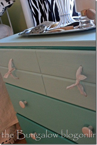 ombre chest