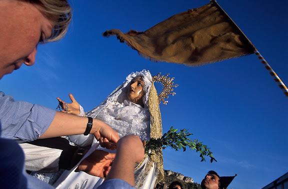 Dia de l'Ermita, aplec de l'ermita del Remei, Flix, Ribera d'Ebre, Tarragona04.2001
