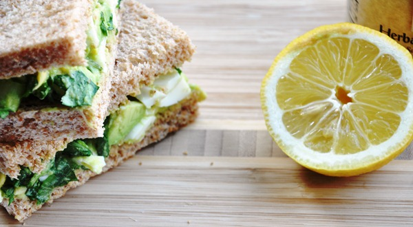 avocado egg salad sandwich 054