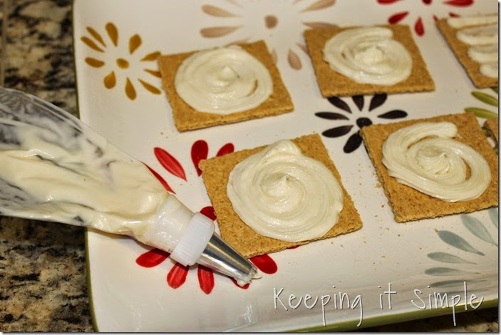 Mini-Raspberry-Cheesecake #SpreadALittleSunshine (11)