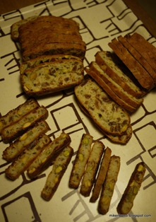biscotti, sliced for toasting