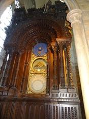 2014.09.11-024 horloge astronomique dans la cathédrale Saint-Pierre