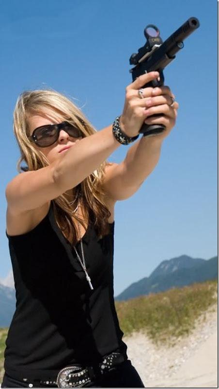 Mulheres com armas (10)