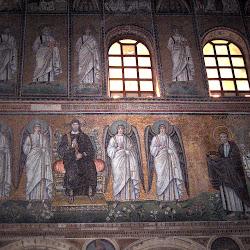 560 S Apolinar Nuevo cristo trono.jpg