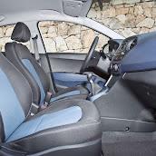 Yeni-Hyundai-i10-2014-33.jpg